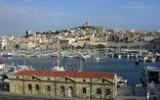 a-visiter-en-provence_clip_image120_0000